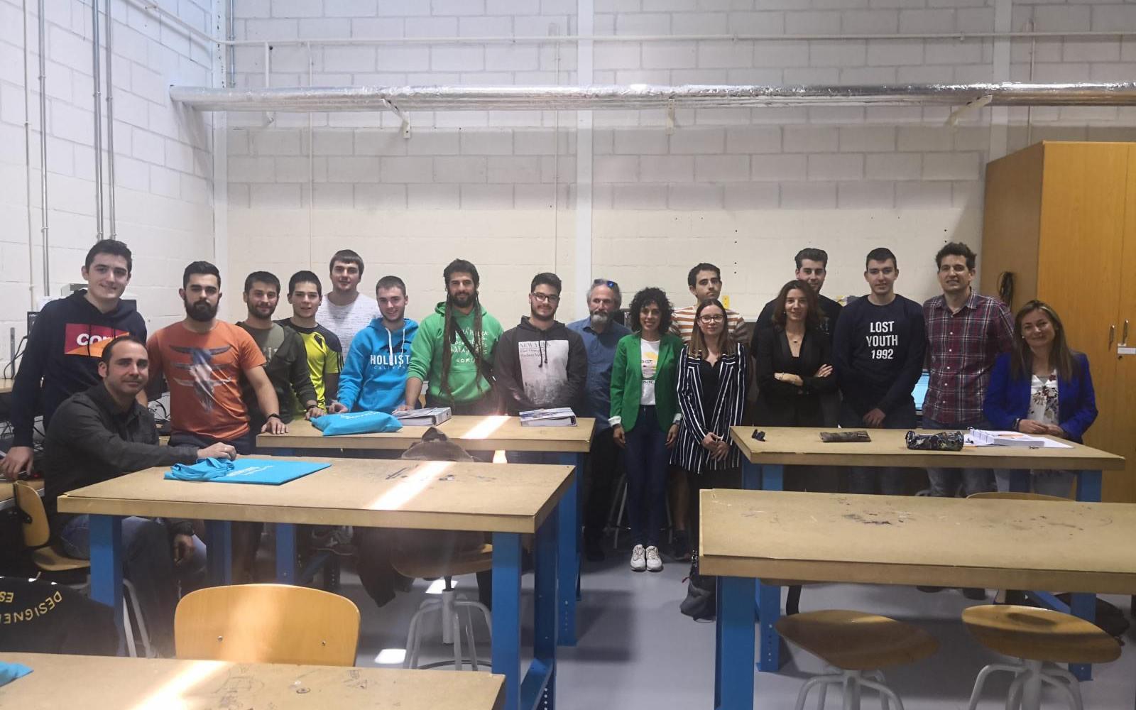 Empresa y educación caminan de la mano en Soria.
